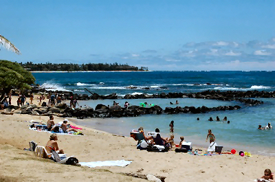 Kauai Beaches: Lydgate Beach Park