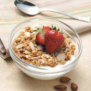 Featured Recipe: Coconut Almond Crunch Granola