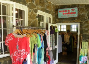 Oskar's Boutique in Kilauea Town