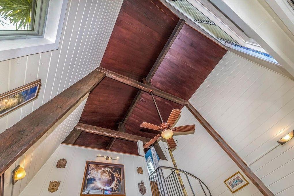 Makana Aloha Haena Rental tall ceilings