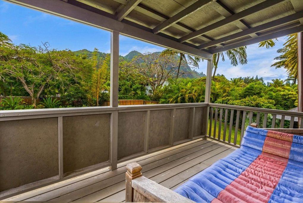 Makana Aloha Haena Rental mountain views