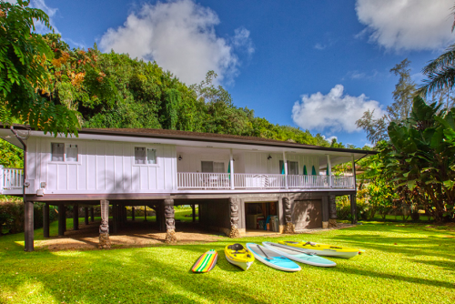 Kalihiwai Beach House rental exterior view