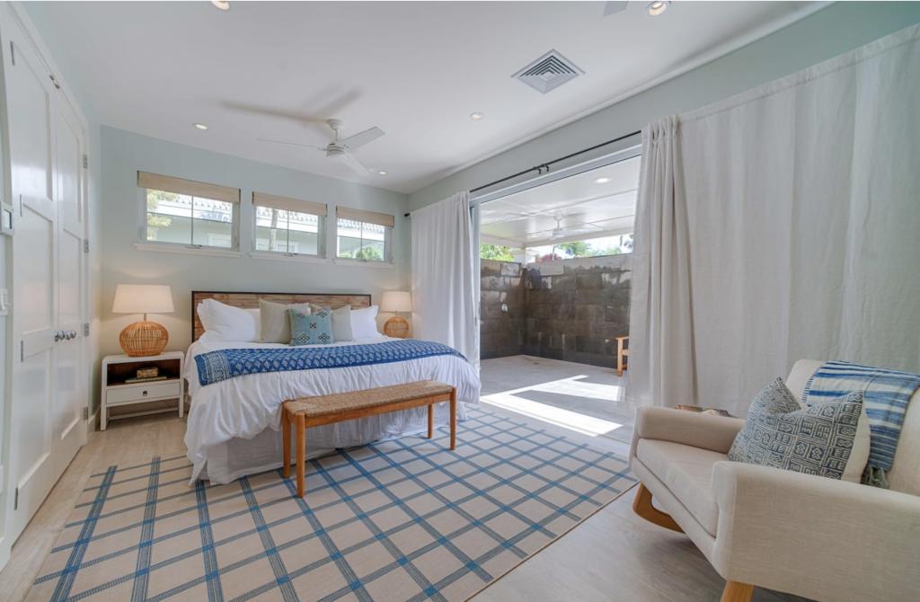 Makana Pool House Princeville bedroom