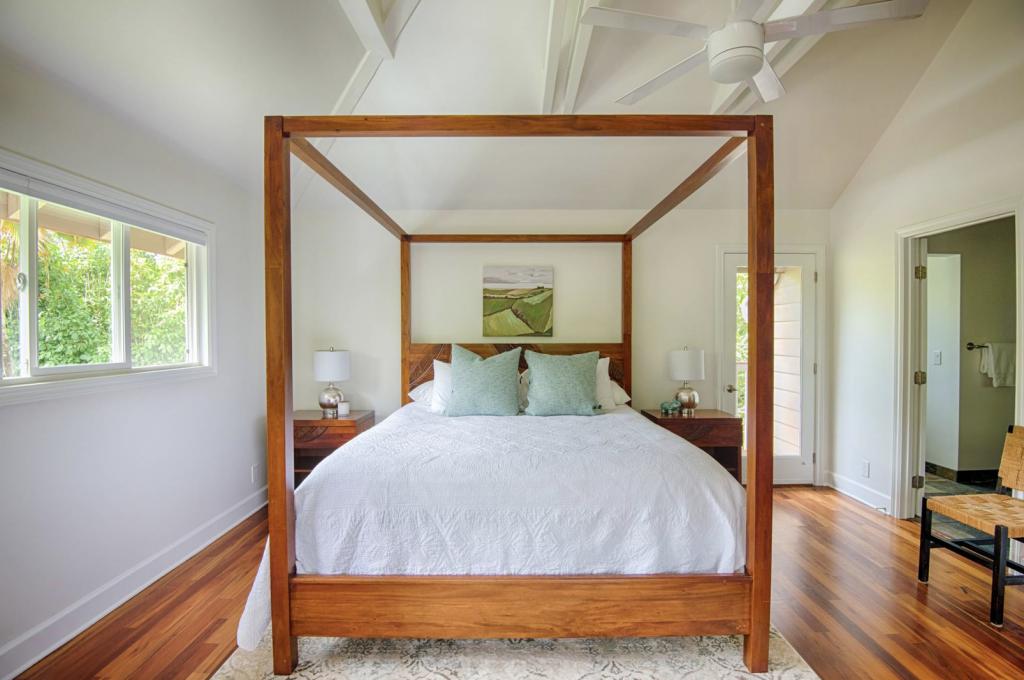 Hale Kauai Haena master bedroom