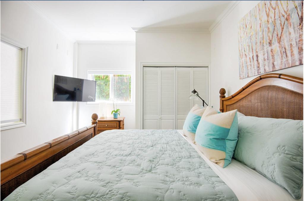 Hale Kauai Haena bedroom