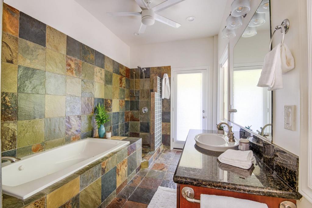 Hale Kauai Haena rental master bathroom